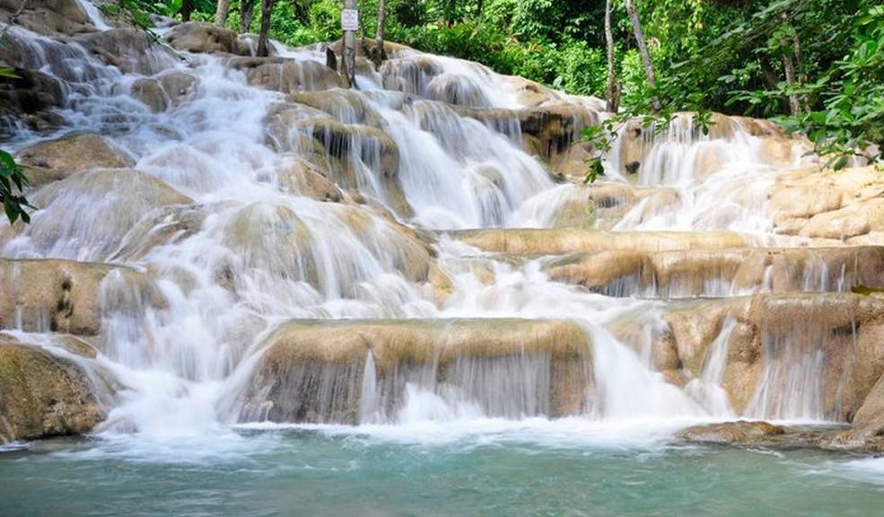 Cascades de la rivière Dunn en Jamaique