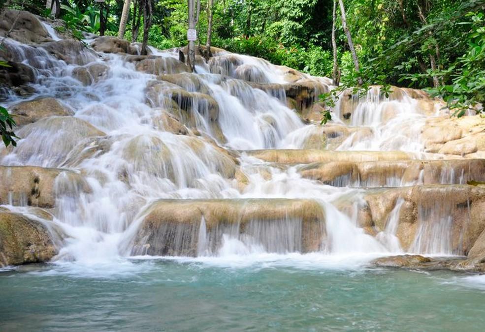Cascades de la rivière Dunn en Jamaique (Escale croisieres)