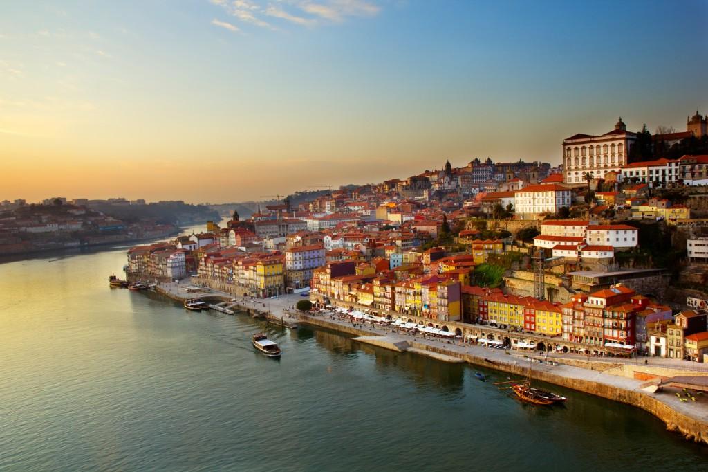 La ville de Porto située sur le bord du Douro