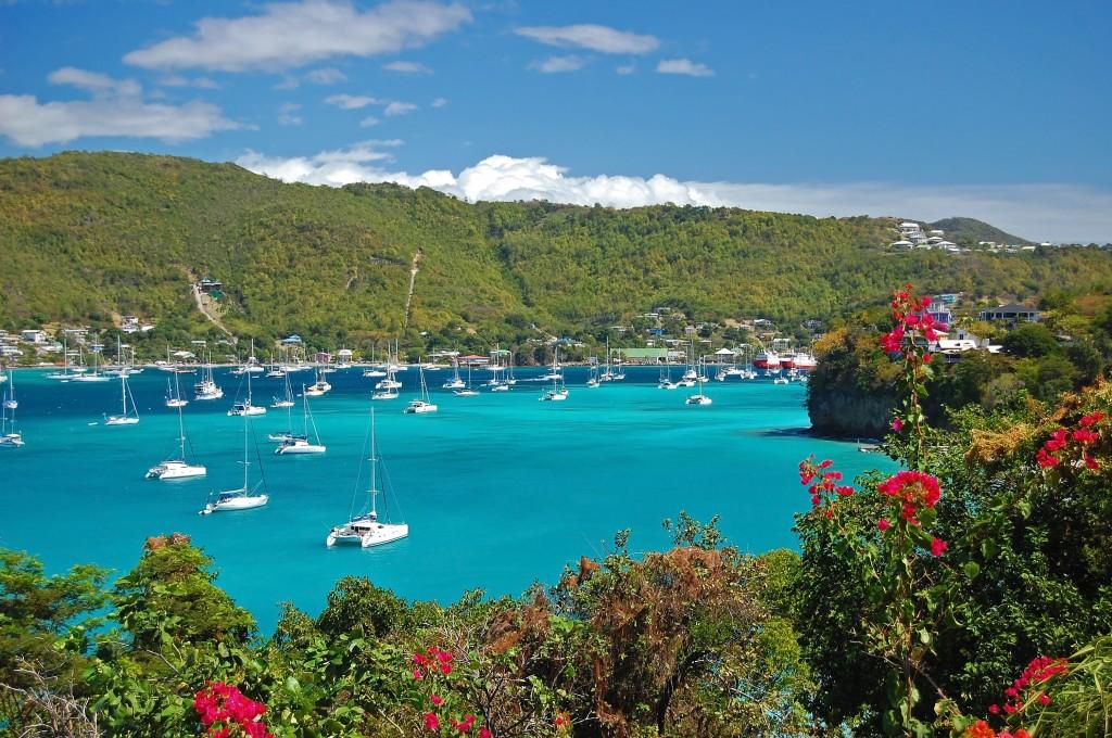 La baie Admiralty a Bequia, la plus grande île des Grenadines