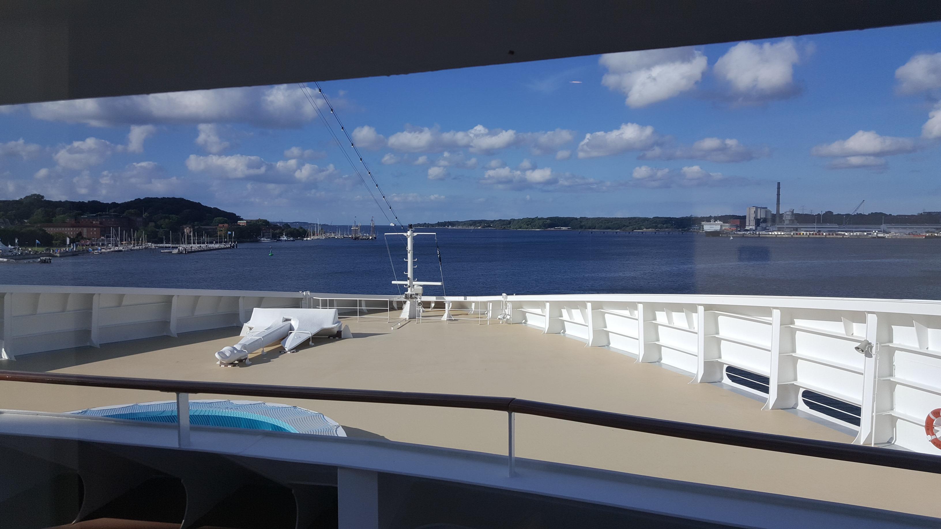 bateau le plus cher du monde top bateau le plus cher du monde with bateau le plus cher du monde. Black Bedroom Furniture Sets. Home Design Ideas